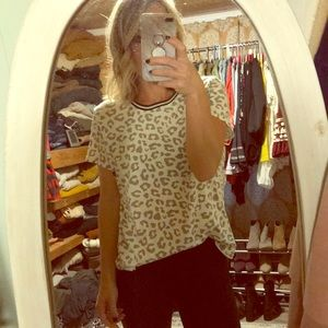 Abercrombie Leopard Tee, Small